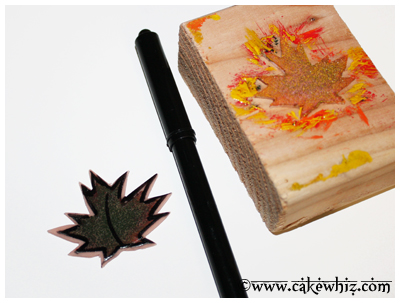 fall themed cake with leaf stamps 16