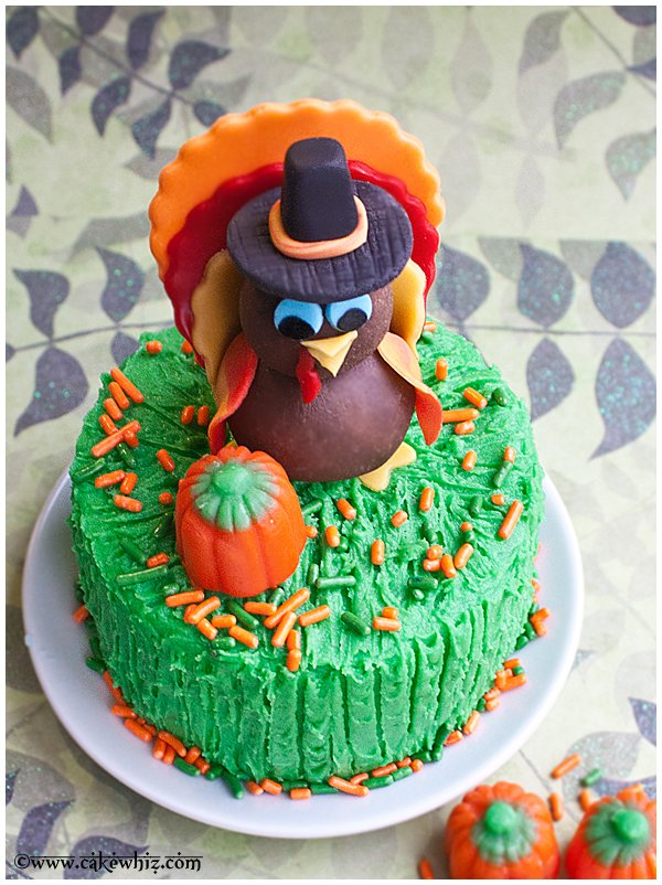 how to make a turkey topper for cakes and cupcakes 3