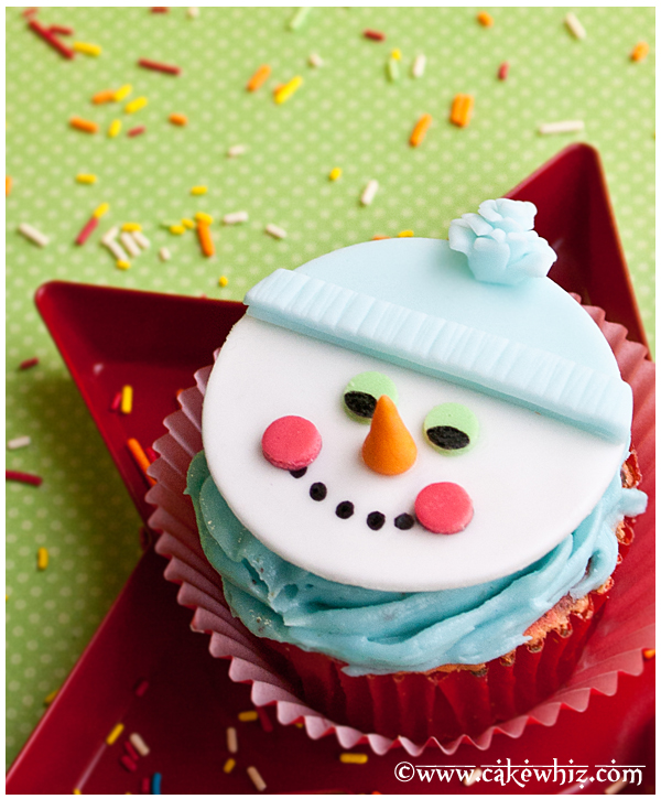 how to make a snowman cupcake topper 2