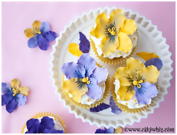 how to make fondant pansies 3