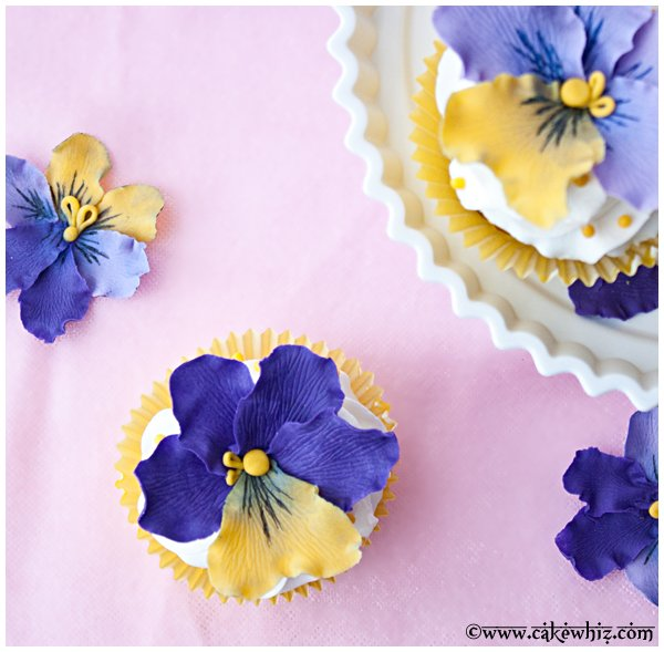how to make fondant pansies 4