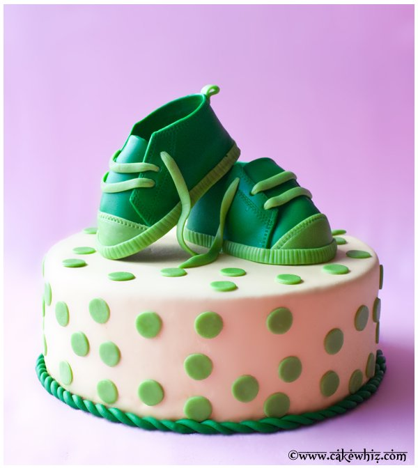 Baby Shoes Tutorial Cake