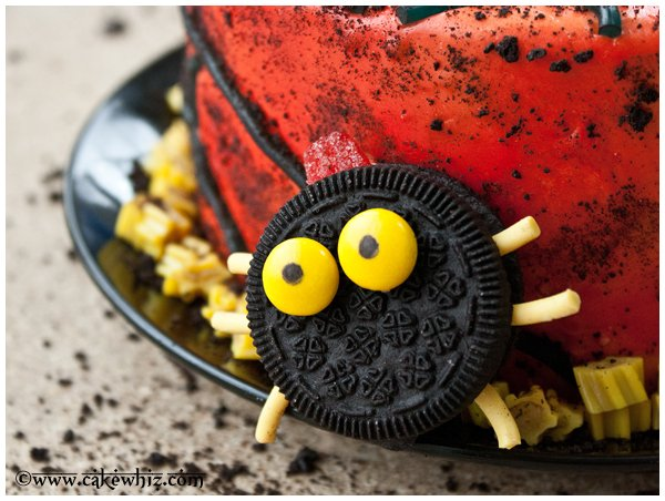 oreo spiders and twizzler spider web cake 4