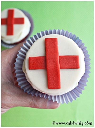 red cross cupcakes 9