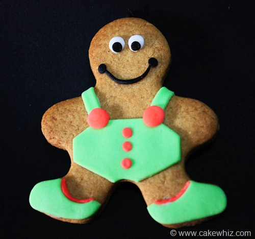 holiday season gingerbread men cookies 1