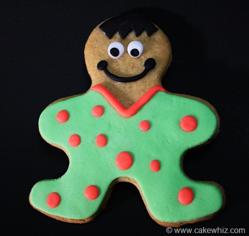 holiday season gingerbread men cookies 2