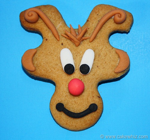 holiday season gingerbread men cookies 7