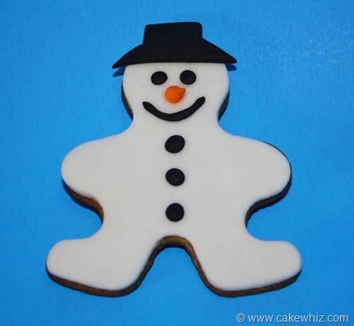 holiday season gingerbread men cookies 4