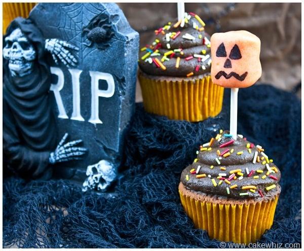 halloween marshmallow pop cupcakes 4
