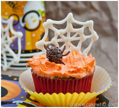 halloween spider web cupcakes 00