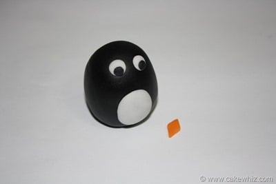 how to make a fondant penguin 10