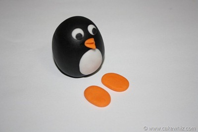 how to make a fondant penguin 14