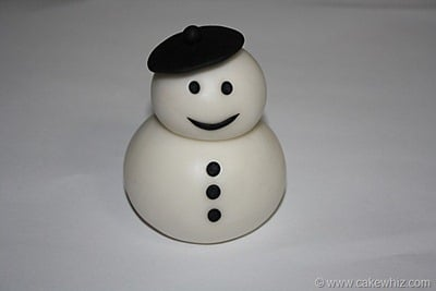 how to make a fondant snowman 13