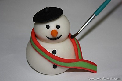 how to make a fondant snowman 18