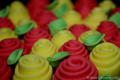 ribbon rose cake with tutorial 20