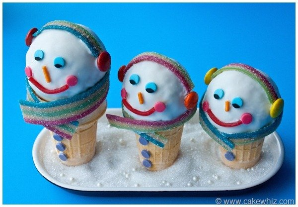 Winter snowman ice cream cones 4