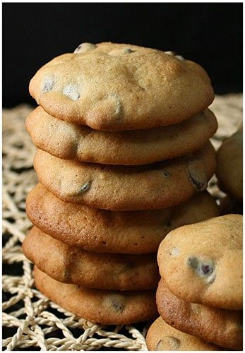 Quick and Easy Banana Chocolate Chip Cookies