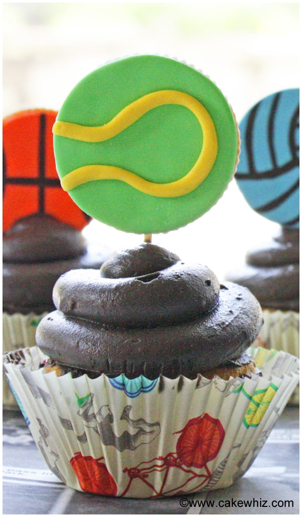 sports ball cookies for a game of tic tac toe 12