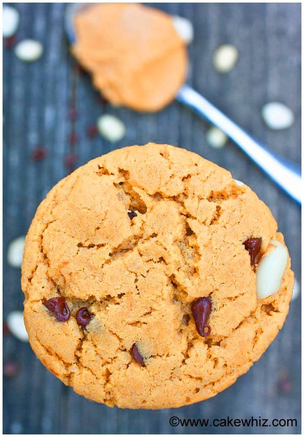 Best Easy Peanut Butter Chocolate Chip Cookies 1