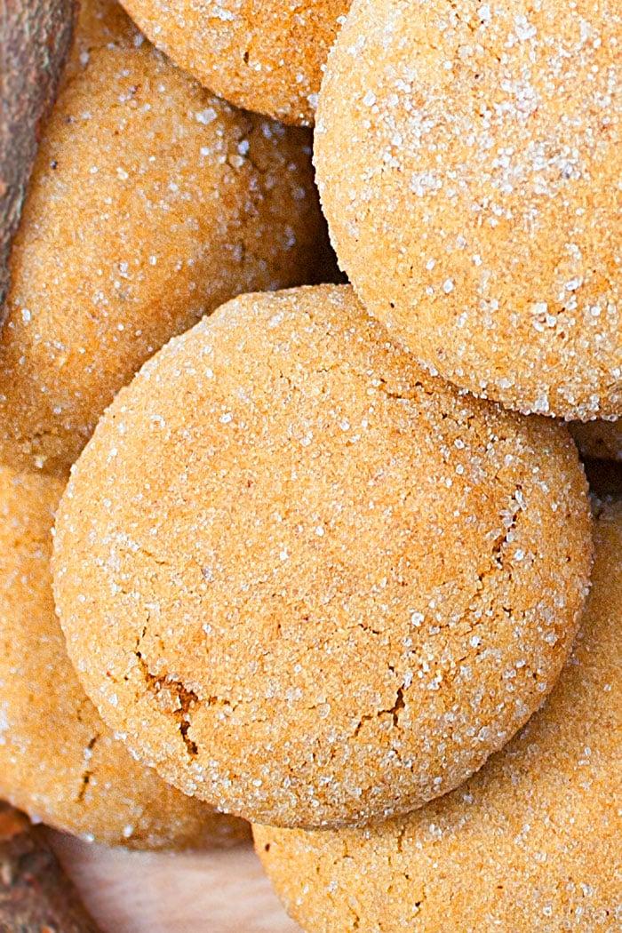 Easy Ginger Molasses Cookies Recipe