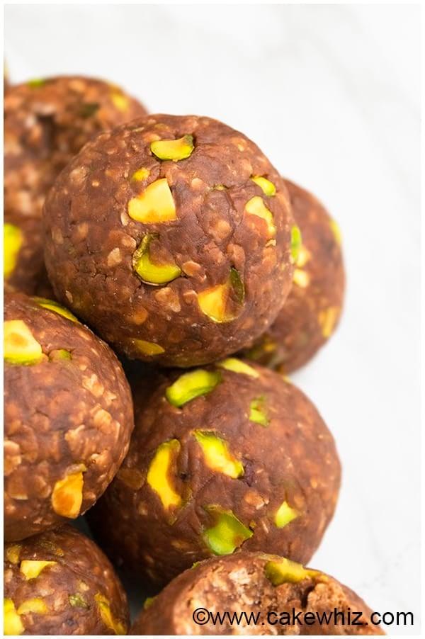 Chocolate Peanut Butter No Bake Energy Balls Recipe (No Bake, Gluten Free, Healthy Snack) 5