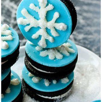 Easy Snowflake Cookies Recipe (Snowflake Oreos)