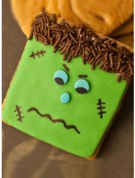 Easy Frankenstein Cookies (Halloween Cookies)