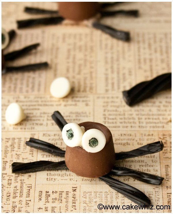 halloween rolo chocolate spiders 1