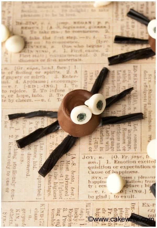halloween rolo chocolate spiders 4