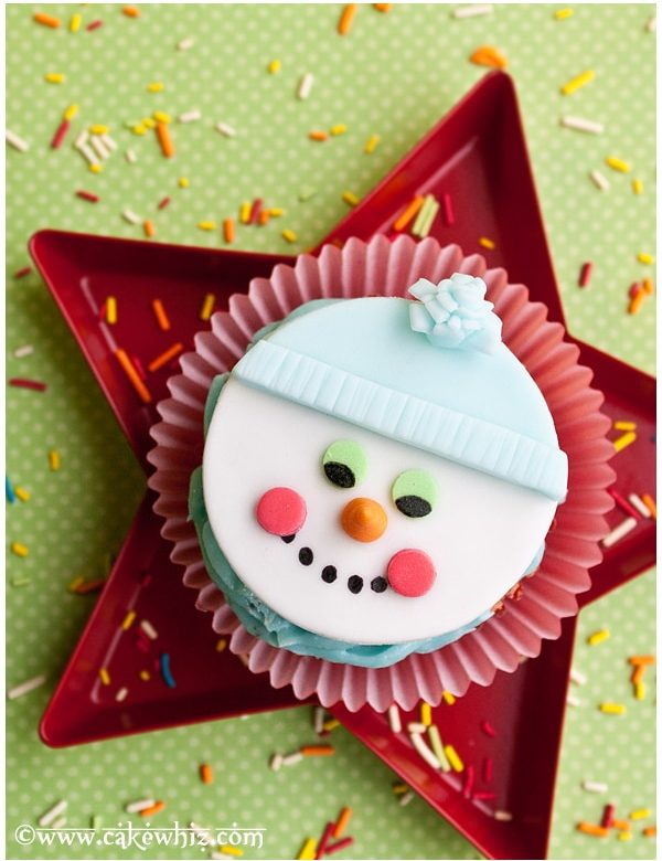 how to make a snowman cupcake topper