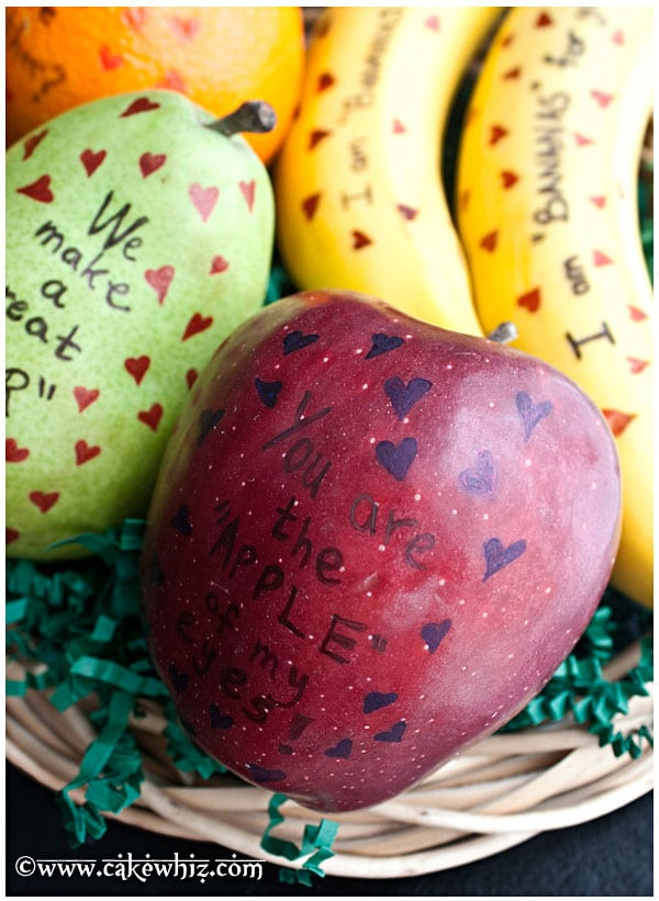 valentine's-day-fruits-with-cute-messages-7