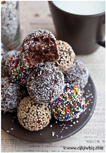 healthy raw chocolate date balls