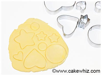 how to make easy fondant buttons 20