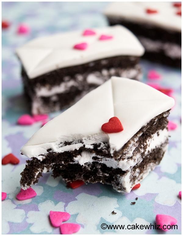 mini love letter cakes 8