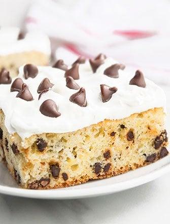Easy Banana Chocolate Chip Cake Recipe