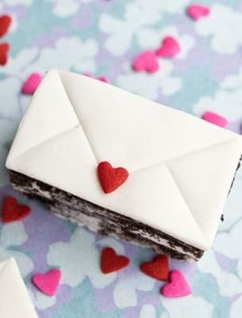 Mini Love Letter Cakes