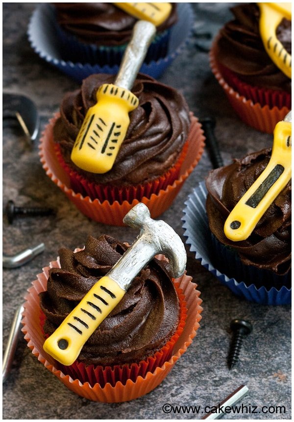 father's day handyman tools cupcakes 3