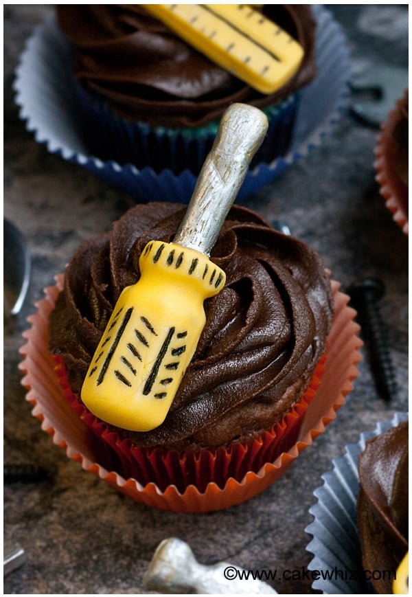 father's day handyman tools cupcakes 5