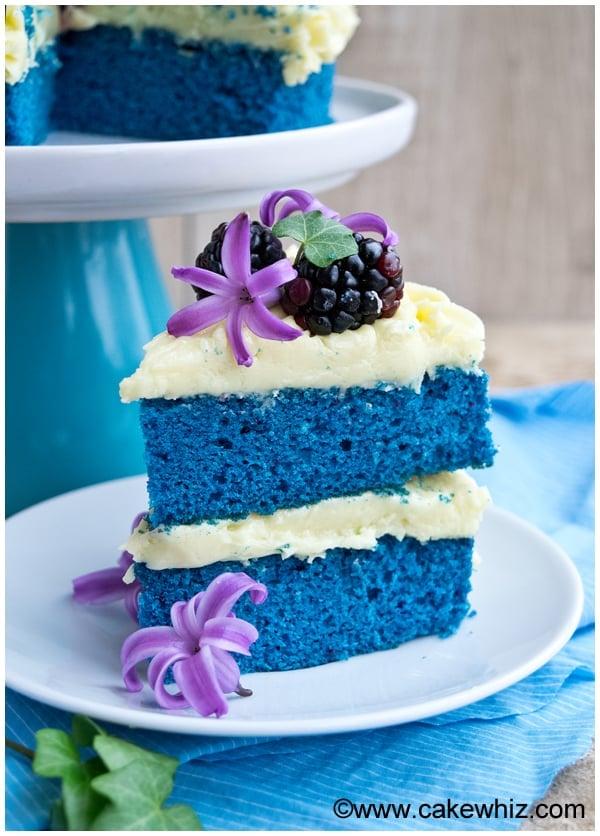 Naked Wedding Cake (Blue Velvet Cake)
