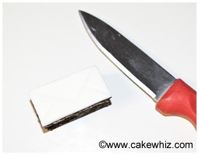 mini love letter cakes 11