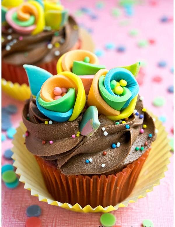 rainbow flower cupcakes 1