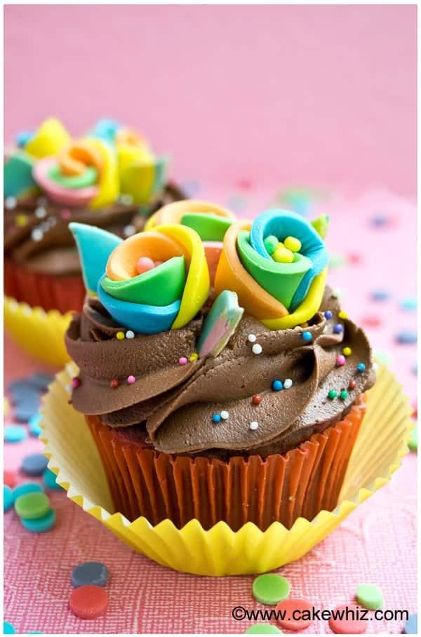 rainbow flower cupcakes 3