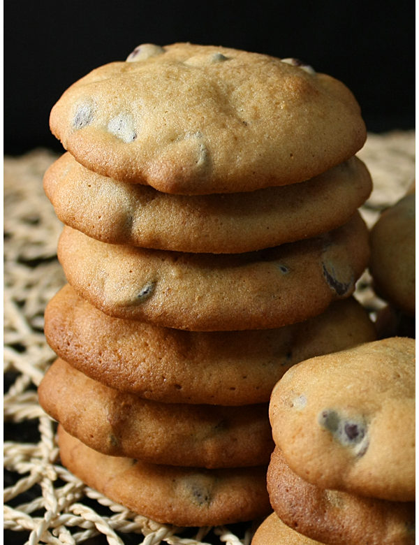 banana cashew and chocolate chip cookies 3