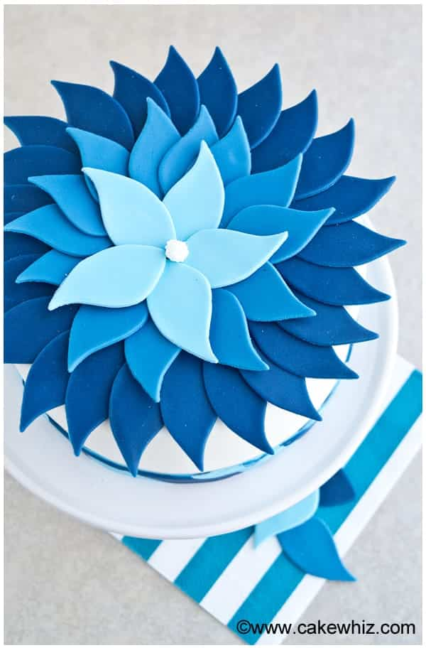blue ombre flower cake 9