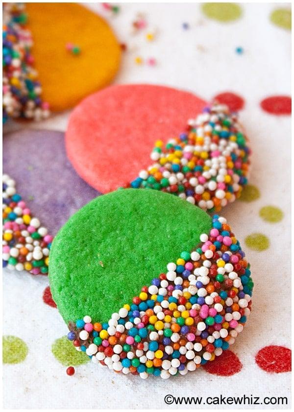 crispy rainbow sugar cookies 2