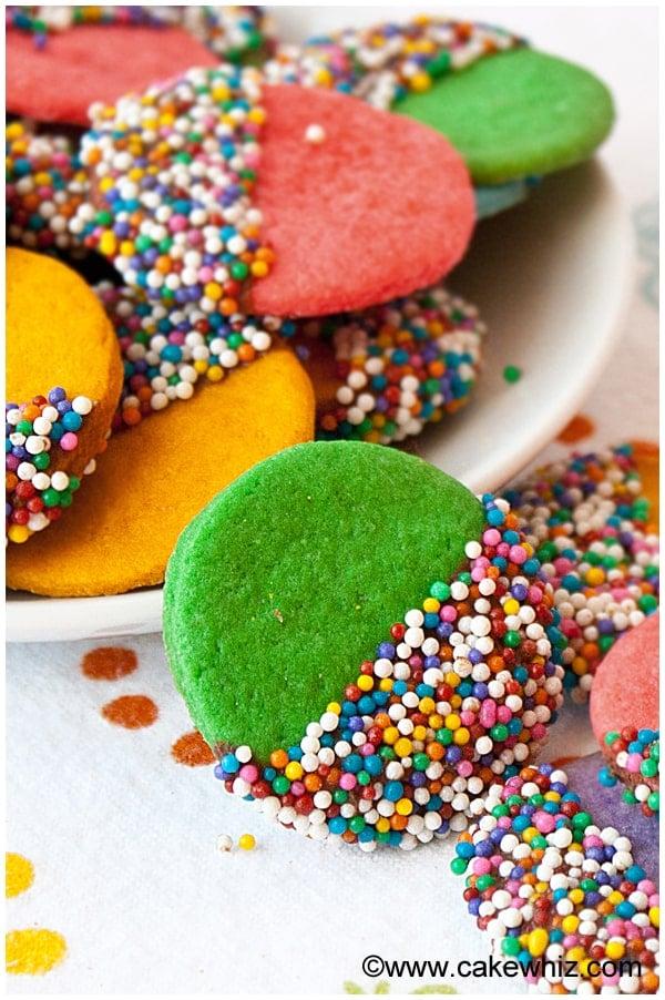 crispy rainbow sugar cookies 3