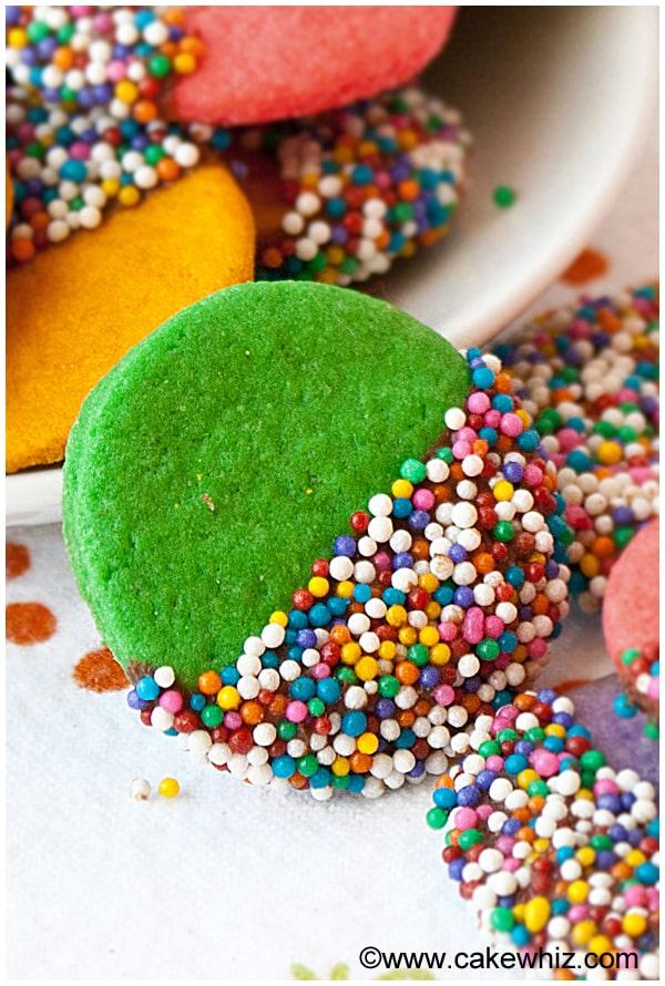 crispy rainbow sugar cookies 4