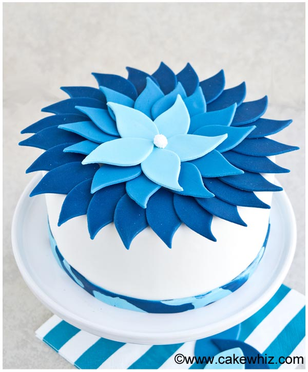 ombre blue flower cake