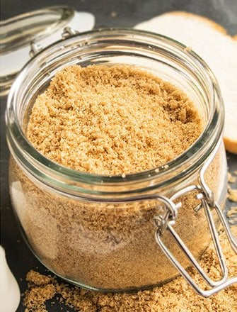 How To Soften Brown Sugar (Quick and Easy)