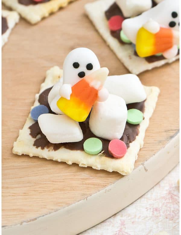 halloween ghost crackers 5